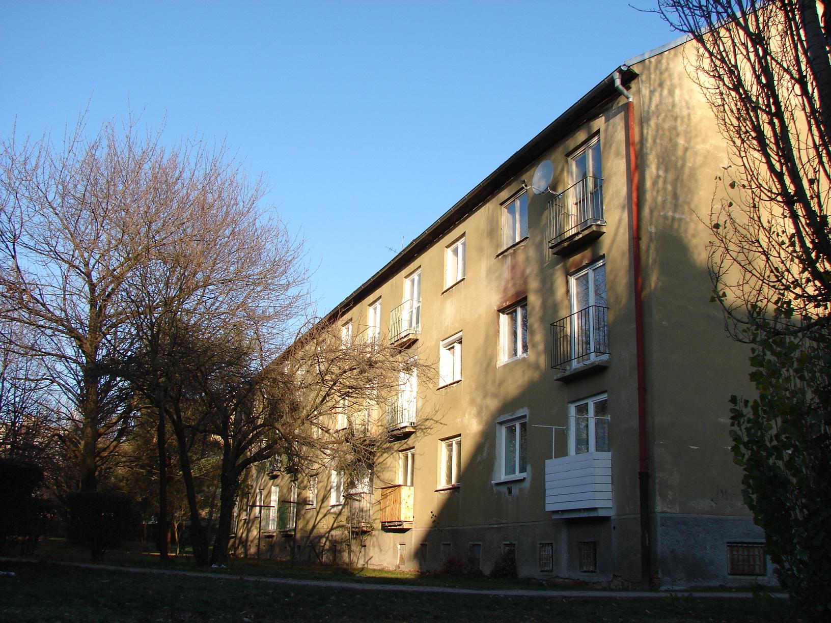 Nadstavba bytoveho domu Hubeneho 15-19